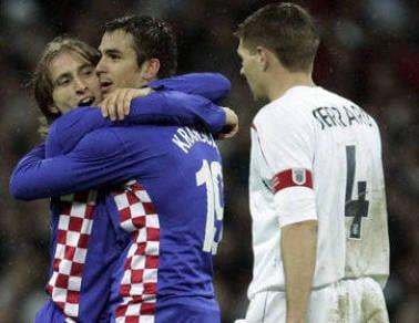 Jugadores croatas festejando la victoria del miercoles.