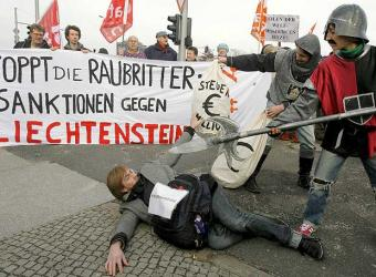 Manifiestacion_Berlin_evasion_fiscal_Liechtenstein