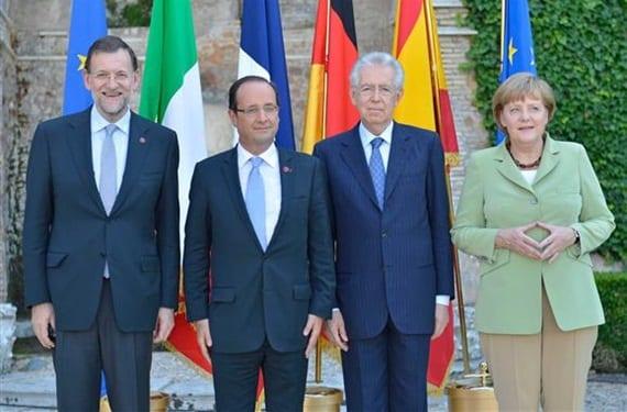 Rajoy, Hollande, Monti y Merkel en una de sus reuniones