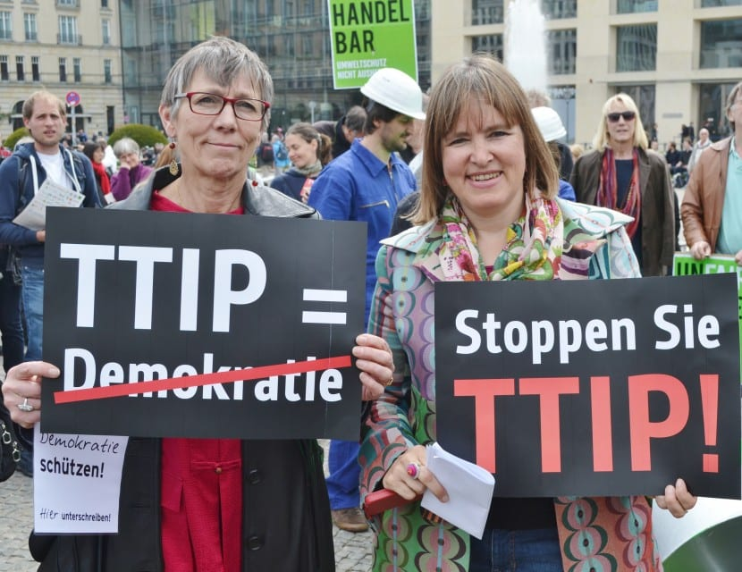 Protesta contra el tratado de libre comercio UE-EEUU