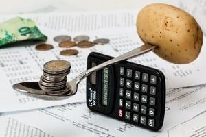 Con la domiciliación de la nómina puedes contener los gastos en tu banco