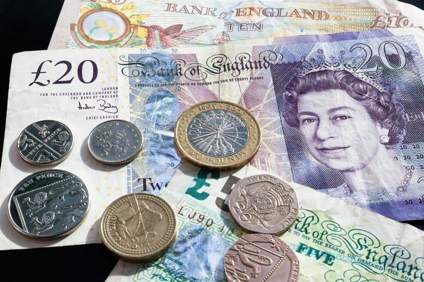 Las divisas pueden servir como refugio, pero con mayor riesgo