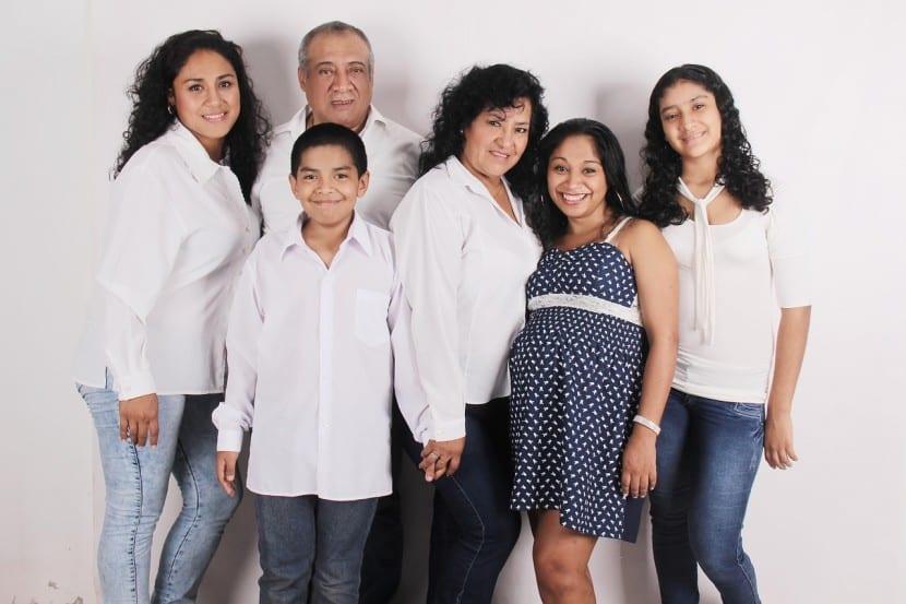 Los préstamos entre familiares puede ser otra alternativa para estas personas