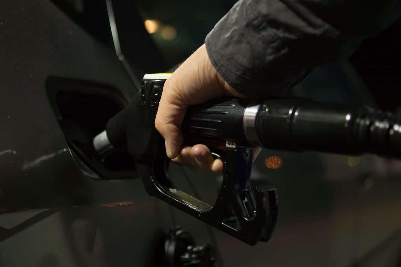 bajada del precio del petróleo