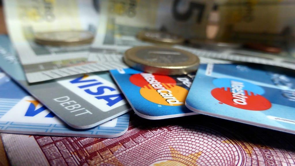 ¿Como elegir la mejor tarjeta con aplazamiento de pagos?