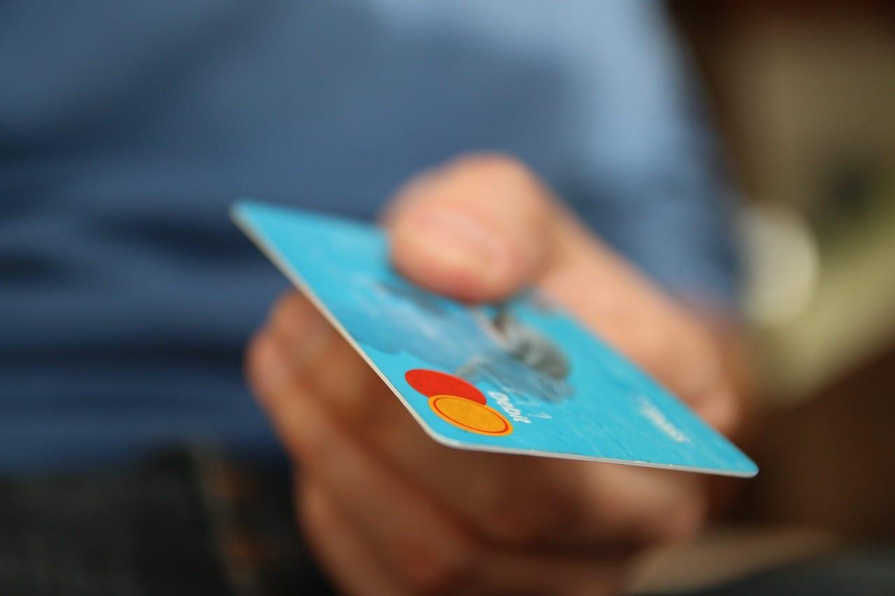 ¿Como debes utilizar las tarjetas este verano?