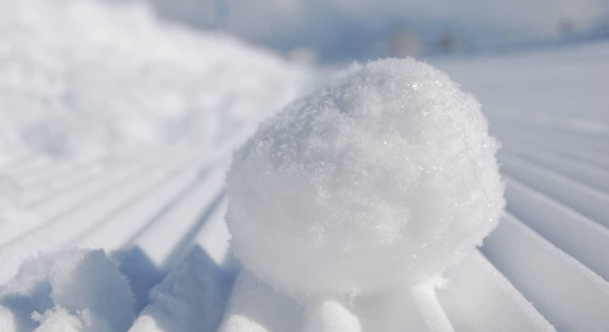 Reinvertir las ganancias y el efecto bola de nieve