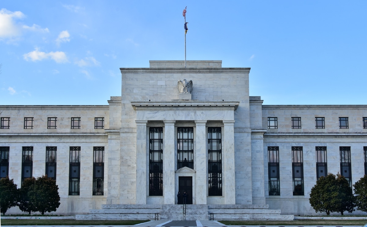 Medidas económicos adoptadas en Estados Unidos para calmar los mercados bursátiles ante la crisis por el covid 19