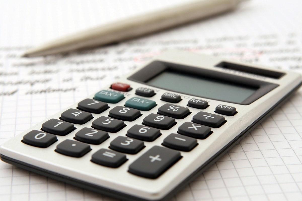 existen programas informaticos para realizar las operaciones de contabilidad y asientos contables