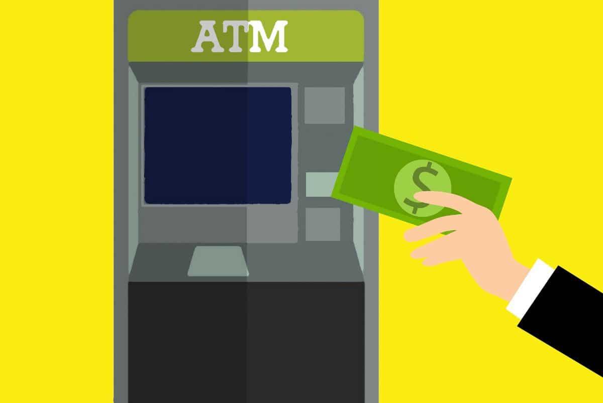 Qué debes tener en cuenta a la hora de ingresar dinero en un cajero