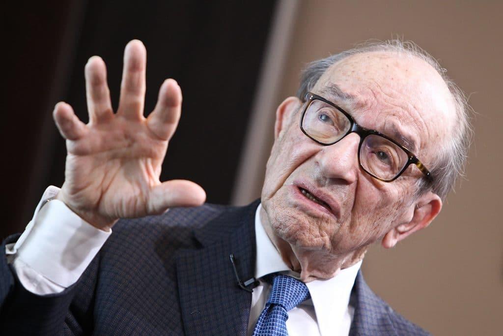 Alan Greenspan conoció a Benjamin Graham y a Warren Buffet